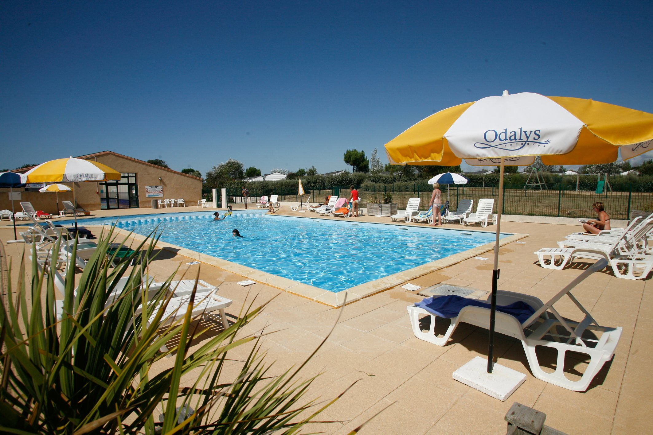 Talmont saint hilaire destination vend e grand littoral for Piscine st hilaire