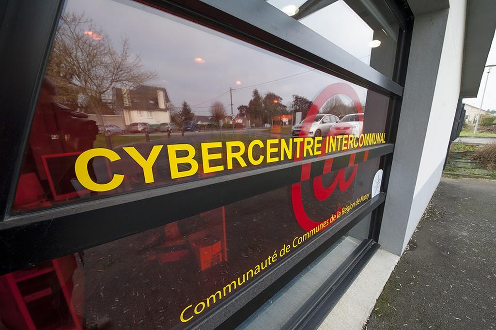 https://cdt44.media.tourinsoft.eu/upload/NOZAY-Cybercentre-1-CCRN.jpg