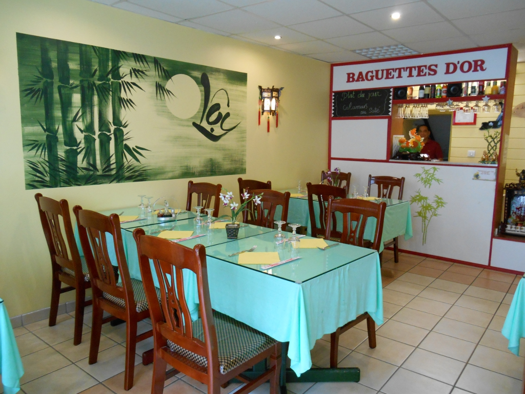 https://cdt44.media.tourinsoft.eu/upload/Resto-les-Baguettes-d-Or-e-SPRIT.JPG