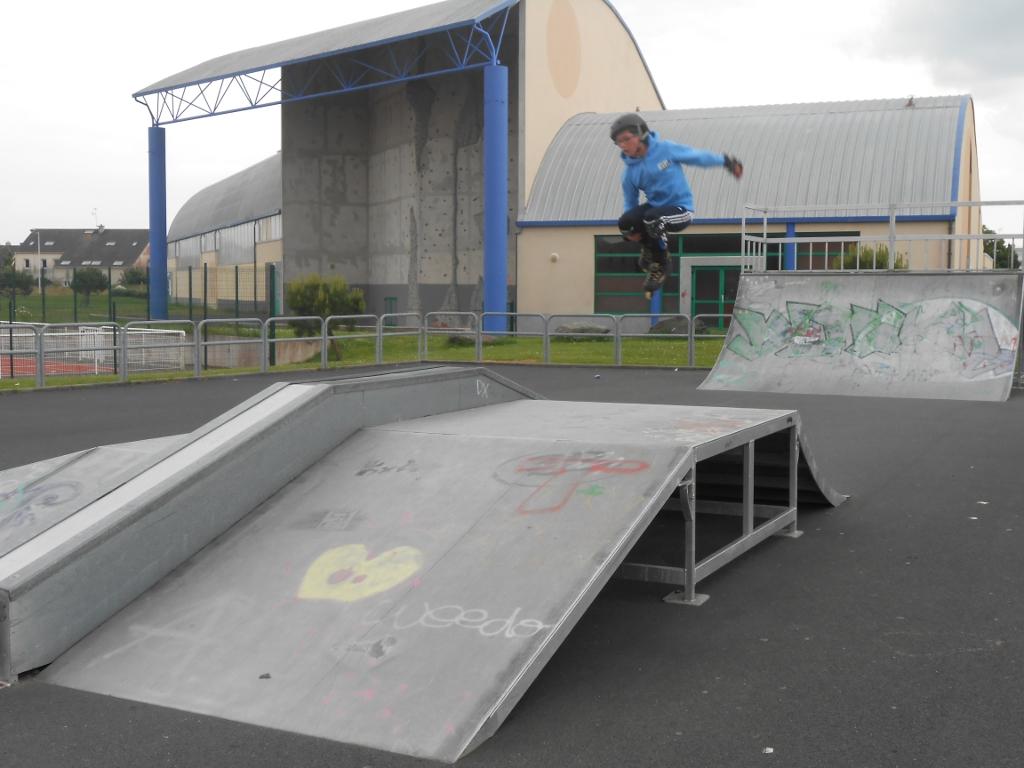 https://cdt44.media.tourinsoft.eu/upload/skate-park-e-SPRIT.JPG